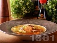 Бистра есенна супа от свински джолан, картофи, зеленчуци и фиде